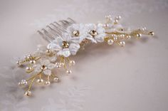 Golden Shadow Haircomb, Bridal comb, Floral comb, Lace Flowers, Wedding Accessories, Lace comb with swarovski crystals, vintage style