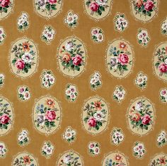 Vintage Home - 1950s Sanderson Rose Cameo Fabric.