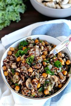2. Kale, Mushroom, and Roasted Chickpea Rice Bowls #grainbowl #healthy #recipes http://greatist.com/eat/grain-bowl-recipes-healthy-dinner-ideas