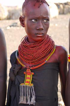 Turkana girl . Kenya