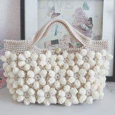 Free Crochet Bag Patterns 2016 Archives - Beautiful Crochet Patterns and Knitting Patterns Free Crochet Bag, Crochet Shell Stitch, Diy Crochet, Crotchet Bags, Knitted Bags, Crochet Handbags, Crochet Purses, Crochet Designs, Crochet Patterns