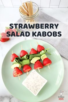 Strawberry Salad Kabobs with Avocado and Spinach  Create these delicious and easy salad kabobs, perfect for your summer get together! | The Produce Moms Avocado Recipes, Easy Salads, Healthy Salad Recipes, Eat Healthy, Perfect Salad Recipe, Macaroni Salad, Kinds Of Salad, Salmon Salad, Tuna Salad