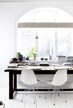 Simple, clean home office, #home decor #interiors by the style files, via Flickr @Fashion Mugging