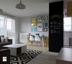 Aranżacje wnętrz - Salon: Metamorfoza mieszkania - od stanu deweloperskiego pod klucz - Salon, styl skandynawski - Architektownia. Przeglądaj, dodawaj i zapisuj najlepsze zdjęcia, pomysły i inspiracje designerskie. W bazie mamy już prawie milion fotografii!