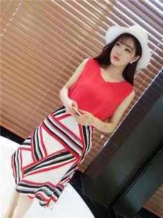 Color Matching Irregular Skirt, Php501.00