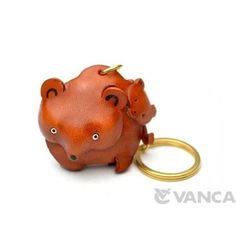 GENUINE 3D LEATHER BEAR FAMILY KEYCHAIN MADE BY SKILLFUL CRAFTSMEN OF VANCA CRAFT IN JAPAN. #handmade #keyfob #gift #unique #art #design #cute #animal