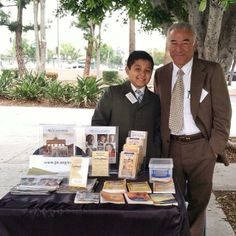 West Corvina, California -- Publicly Sharing The Good News of God's Kingdom - JW.org -- Photo shared by @_oopsiedaisey_