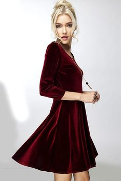 * This chic and flirty swing dress features a trending skater skirt design. Great dressed up for any Holiday event! * Different sizes available S,M,L Model is wearing size ( S ) Size Chart SIZE XXS (