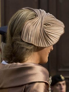 Os chapéus das convidadas do casamento real do Luxemburgo. #casamento #toucado #chapéu