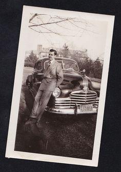 Antique Photograph Man Leaning Against Antique Car Automobile NY License Plates