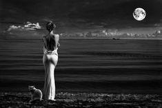"""""""Feliz aquel que siembre la semilla del amor. pues recolectará frutos tales que al final de su cosecha no tendrá dudas sobre su elección, pues verá claramente reflejada delante de sus ahora intrépidos y brillantes ojos cautivos por el amor verdadero, la senda que lo conducirá al encuentro más preciado con su destino último, el fin cuyo propósito es fundirse como gota de lluvia en el océano divino de la existencia"""". Buena noche JAP"""