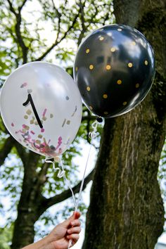 Silhouette America Blog | Party Decor |DIY Balloons with confetti and vinyl