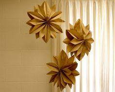 papírová hvězda ze svačinových sáčků