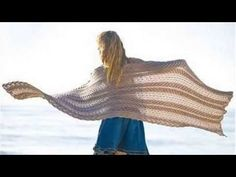 Preview Knitting In the Sun: 32 Projects for Warm Weather (Review) - http://www.knittingstory.eu/preview-knitting-in-the-sun-32-projects-for-warm-weather-review/