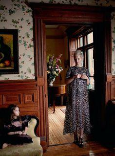 A Moment in Time | Kirsten Owen & Sasha Moss by Yelena Yemchuk for Harper's Bazaar UK, April 2013