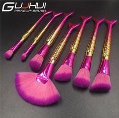 How To Use Makeup Brushes - makeup brushes Makeup Dupes, Makeup Cosmetics, Beauty Makeup, Unicorn Makeup, Mermaid Makeup, Mermaid Brush, Unicorn Hair, Contour Brush, Makeup Brush Set