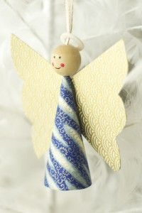 Cute idea for homemade Christmas tree ornaments! (Paper Angels)
