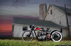 CAPONE: xs 650 by ardcore, styled after angry monkey triumph builds. Xs650 Bobber, Bobber Bikes, Bobber Motorcycle, Harley Bikes, Cool Bikes, Cars And Motorcycles, Cool Cars, Dream Cars