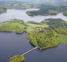 Vue aérienne du lac de Vassivière