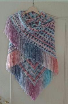 Crochet Patterns Coat Poncho Woven in crochet. Crochet Prayer Shawls, Crochet Shawls And Wraps, Knitted Shawls, Crochet Scarves, Crochet Clothes, Crochet Hooks, Crochet Granny, Knit Crochet, Crochet Poncho Patterns