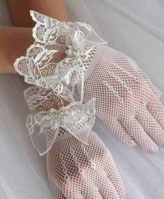 Ballet Dance, Dance Shoes, Ladies Boutique, Dream Wedding, Slippers, Invitations, Lady, Decor, Fashion