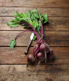Getting to the #Root: Growing Root #Vegetables Successfully  #gardening #garden http://www.organicauthority.com/the-diggers-dirt-how-to-grow-root-vegetables-successfully/