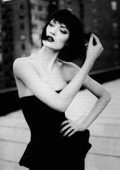 Shalom Harlow by Patrick Demarchelier for Harper's Bazaar, January 1995