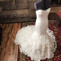 Romantic Sweetheart Bodice Corset Lace Mermaid Wedding Dress With Ruffles Skirt