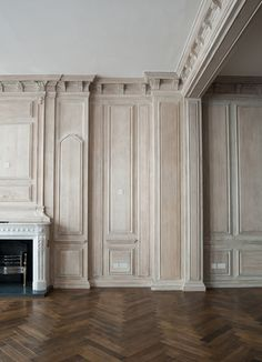 Rupert Bevan - Interior Finishes - Limed Oak Wall Panelling