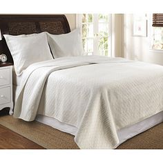 Vashon Ivory 3-piece Quilt Set $68.49