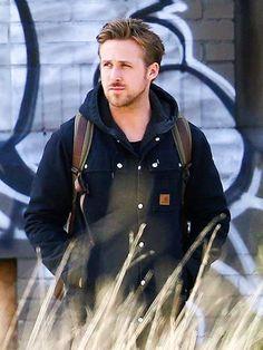 FEELING BLUE | Ryan Gosling - handsome as ever...