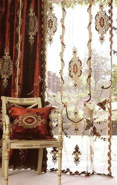 Constance velvet curtain