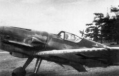 https://www.asisbiz.com/il2/Bf-109G/FAF/images/Messerschmitt-Bf-109G6-Erla-FAF-MT-439-unknown-unit-Finland-1943-01.jpg