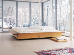 Lit double tatami en bois NOAH by e15 design Philippe Allaeys