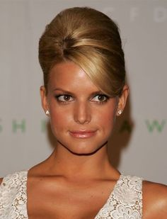 Pin for Later: Bumpits at the Ready! The Beehive Is Back Jessica Simpson