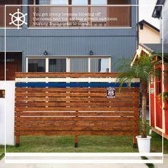 猛暑の中、旦那さんと2人で汗だくになりながらウッドフェンス作成〜〜! とりあえず塗装と組み立ては終わった‼︎ 大好きなブルーと白のラインを入れました⑅◡̈* あとはステンシルして、グリーンとか看板を装飾しよ♪ またUPしまーす✳︎ #ウッドフェンス #ウッドフェンスdiy#ハンドメイド#diy #庭#ガーデン#ガレージ#小屋#アメリカン#インテリア#家#マイホーム #世田谷ベースみたいな家にしたい #旦那さんに言わせれば所ジョージ神w #世田谷ベース #トータル一万円以内◎ Home Design Diy, House Design, Japanese House, Garden Planning, Garden Paths, Black House, Exterior Design, My House, Garden Design