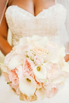 Stunning wedding bouquet   ~