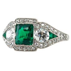 Je Calderll Art Deco emerald and diamond ring, 1920's. <3