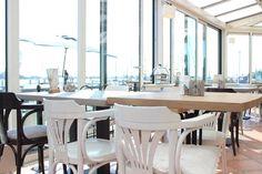 restaurant sunroom