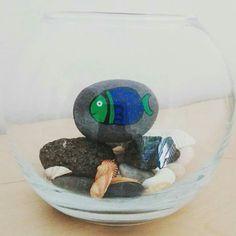 Pecera artificial con piedras!