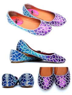 A mermaid is a legendary aquatic creature with the upper body of a female human and the tail of a fish. These fan favored shoes are hand-painted in blue and violet shades and are made to look like scales of a beautiful mermaid. The blue and violet shades of glitter set off the Swarovski Crystal accents that are applied to these one of a kind flats. Let your love mermaids make a big splash anywhere you go. . ** Please note: These shoes are very time consuming to make and are in high demand…