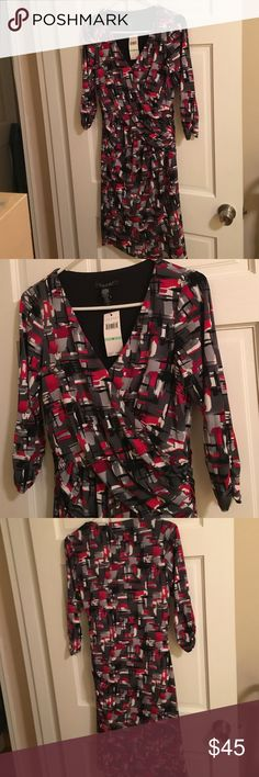 Laundry by shelli segal dress Laundry by shelli segal vneck dress. Ruching on sleeves and along left side of waste. Lined. 96% Polyester. 4% spandex. Laundry by Shelli Segal Dresses