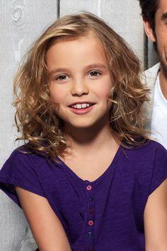 Idee Coupe Cheveux Boucles Petite Fille Fillette Pinterest