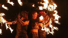 """MEDIEVALES DE BAYEUX 2017 (31e édition) : """"Une féerie nocturne, c'est ce que proposait la compagnie de l'Arche en Sel, jeudi soir, avec Ayazin , son spectacle nocturne. Plus de 300 spectateurs ont assisté à cette prestation tout feu tout flamme, où les danseurs présentaient un conte, à la lumière des torches."""""""