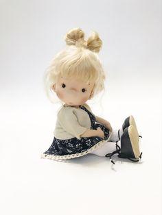 Cute Baby Dolls, Cute Babies, Doll Clothes, Teddy Bear, Toys, Handmade, Animals, Crown, Fabric Dolls
