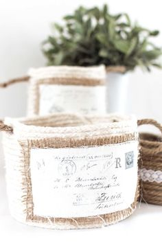 Check out these super easy vintage-style DIY no-sew mini baskets! Fun to make and great for storing sewing supplies, washi tape, pens, etc. Rope Crafts, Jar Crafts, Diy And Crafts, 7 Places, Vintage Botanical Prints, Rope Basket, Craft Projects, Upcycling Projects, Craft Ideas