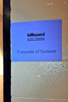 That was the best I have been a fan for a while and I'm so proud of the 5sos boys