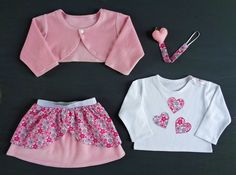 A special gift for a newborn girl: complete outfit with very soft cotton velvet, bright pink flowers and a sweet felt heart (layered skirt, long sleeve t-shirt, bolero, pacifier clip) - by RobyGiup