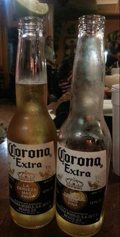 Coronas Liquor Drinks, Alcoholic Drinks, Foto Snap, Alcohol Aesthetic, Snap Food, Night Aesthetic, Cute Couples Goals, Party Drinks, I Foods