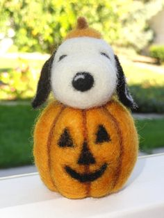 Snoopy Needle Felted Great Pumpkin by TheWhimsicalHare on Etsy- Neeeeat!